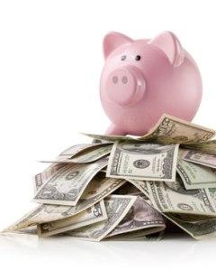photo-piggy-bank-money-pile